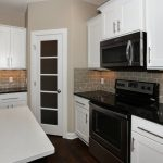 201 Springlake Dr Newton KS-large-010-Kitchen-1500x1000-72dpi-min