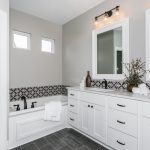 803 S Glen Wood St Wichita KS-large-016-11-Master Bath-1500x1000-72dpi-min